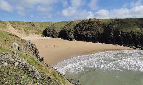 Porth-Iago-beach-Wales-008